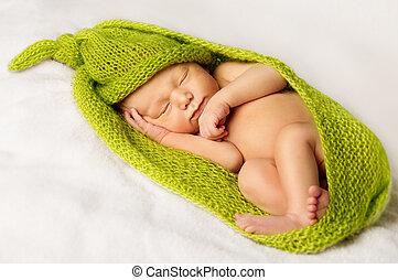 Baby New Born Sleep, Sleeping Newborn Kid in Green Cloth -...
