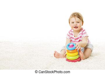 baby, spill, stykke legetøj, ringer, pyramide, infant, barnet, spille, bygning blokerer, æn, år, barn, sidde gulvtæppe, hen, hvid baggrund