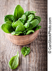 Baby spinach in the bowl