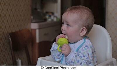 baby, thuis, eten, zittende