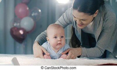 baby, toneelstukken, haar, moeder