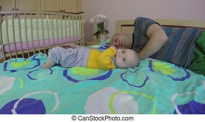 baby, vader, slaap, moe