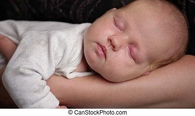 babyhandjes, slapende, moeder