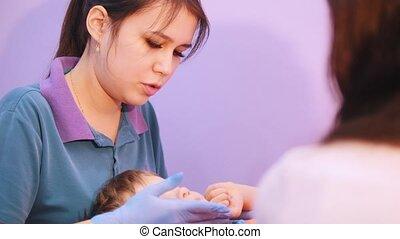 babys, vrouw arts, cerebraal, medisch, masserende handen, baby, verlamming, disease., face., centre.