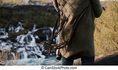 back., крупный план, женщина, wind., barnafoss, исландия, бахрома, молодой, куртка, водопад, женский пол, waves, посмотреть