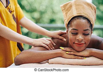 Back and shoulders massage