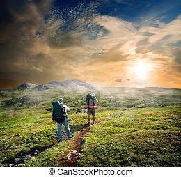 backpackers, em, montanhas