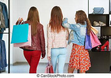 backview, di, migliori amici, andare, su, shopping.