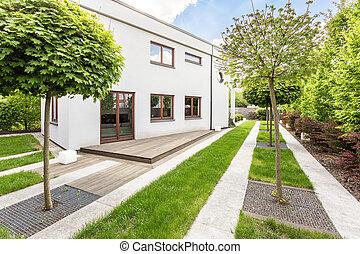 Backyard landscaping style