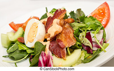 Bacon and Egg on Spinach Salad