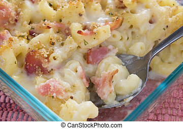Bacon Macaroni and Cheese - Creamy baked macaroni and cheese...