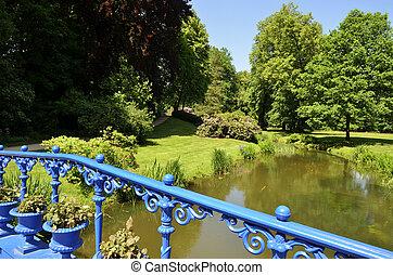 Bad Muskau - fuchsias bridge in the park