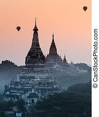 Bagan pagoda at sunrise