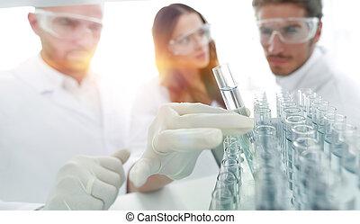 baggrund, image, er, en, gruppe, i, videnskabsmænd, indstudering, den, væske, ind