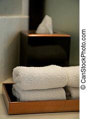 bagno, albergo, mucchio, asciugamani