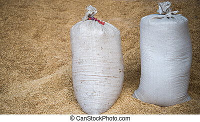 bags with a crop