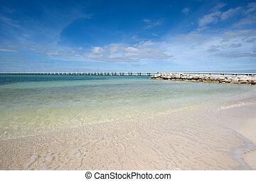 Bahia Honda State park - White sand beach on Lower Keys,...
