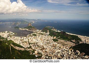 Baia de Guanabara - On the western shore of the Guanabara...