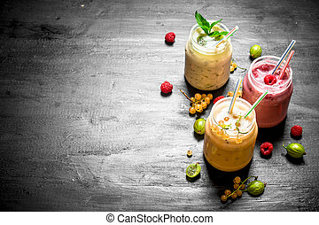 baie, smoothies, à, différent, berries.
