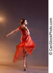 bailando, mujer