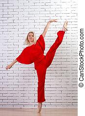 bailarín de ballet clásico, (ballerina), bailando