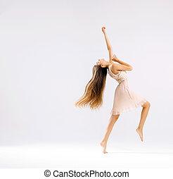bailarín de ballet clásico, delgado, ataque