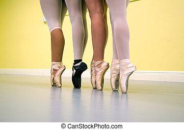 bailarines, ballet, piernas, pointe