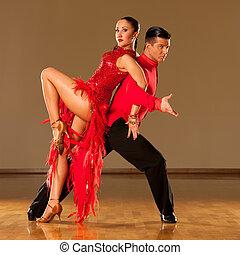 baile acción