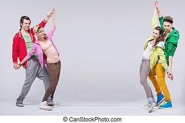 baile, parejas, dos, cadera-salto, sonrisa