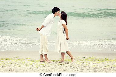 baisers, couple, plage