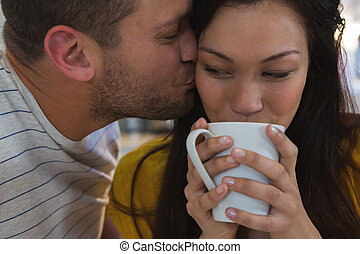 baisers, femme homme, cuisine