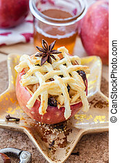 Baked apple with puff pastry