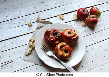 Baked apples with honey