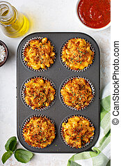 Baked mac and cheese muffins