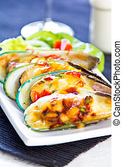 Baked Mussel with cheese and herb