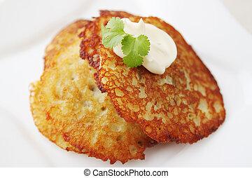 "baked potato pancake - Potato pancake ""dranik"" with sauce, ..."