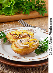 Baked potato with mushrooms