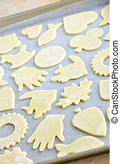 Baking sheet with cookies