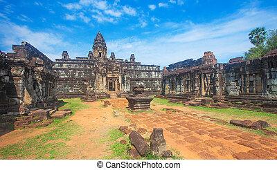 Bakong Prasat temple in Angkor Wat