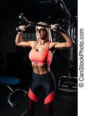 baksida, övning maskin, kvinna, fitness