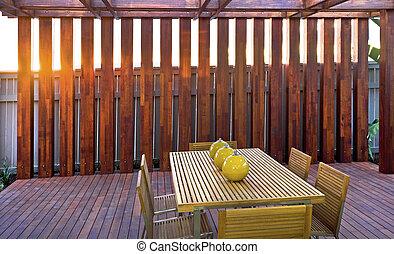 bal, houten, stoelen, lampen, tafel, terras