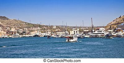 Balaclava, yachts