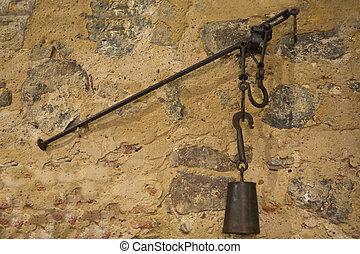 vieux balance romaine port photo de stock rechercher images et clipart csp16763028. Black Bedroom Furniture Sets. Home Design Ideas