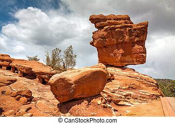 Balancing rock in Garden of the Gods