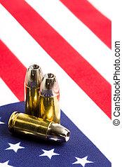balas, encima, bandera de los e.e.u.u