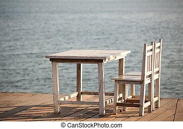balcon, chaises, sea., table, blanc, vue, gentil