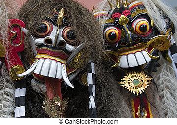Bali masks - Balinese Rangda mask; an important demon in ...