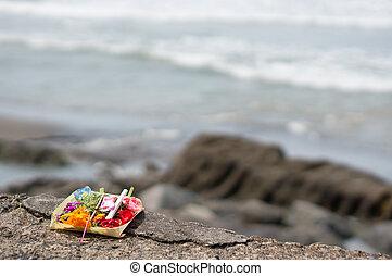balinese, offerta, canggu, bolong, batu, spiaggia