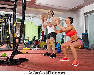 balle, homme, séance entraînement, crossfit, femme, fitness, groupe