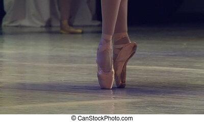Ballerinas on the Stage - Feet in pointe dancing ballerinas ...